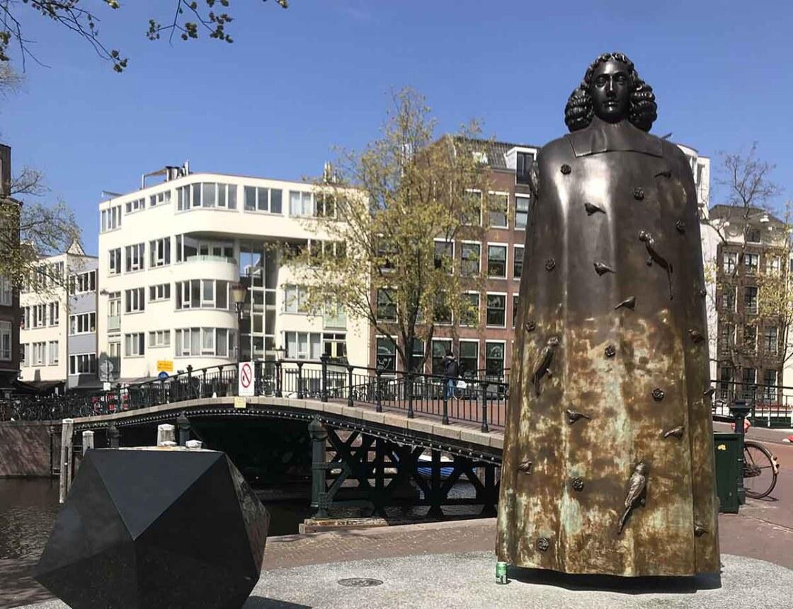 beeld Spinoza