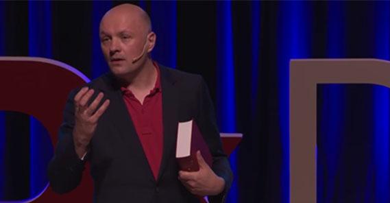 """TEDX Talk: """"Iedereen moet een non-believer kunnen zijn."""""""