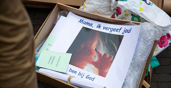 Anti-abortusprotesten zijn zout in de wonden