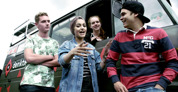 Denktank: 8 tieners ontdekken de toekomst