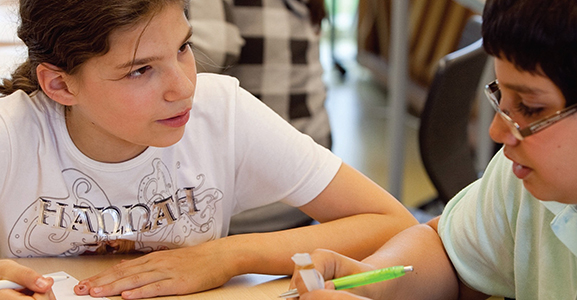 Tweede kamer regelt vaste financiering vormingonderwijs